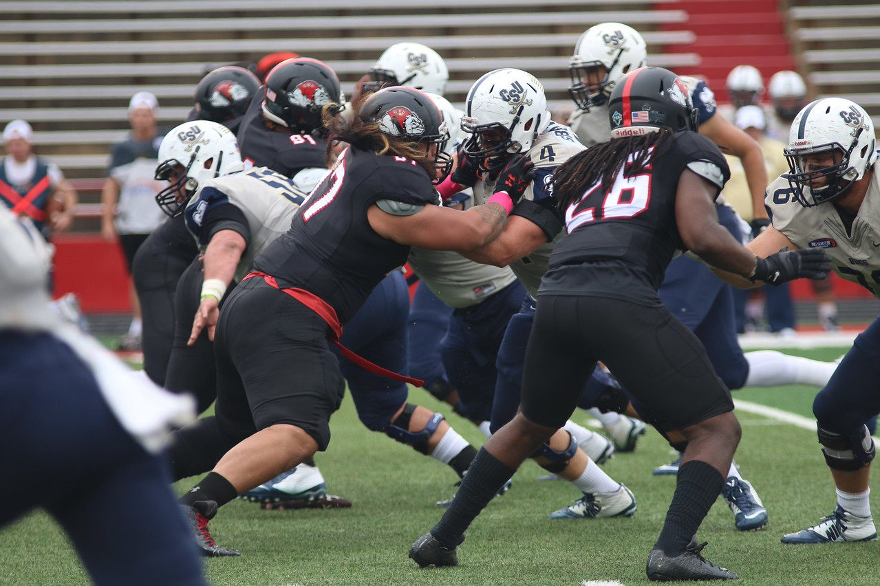 #97, Phillip Fata battles #74 from Charleston Southern.