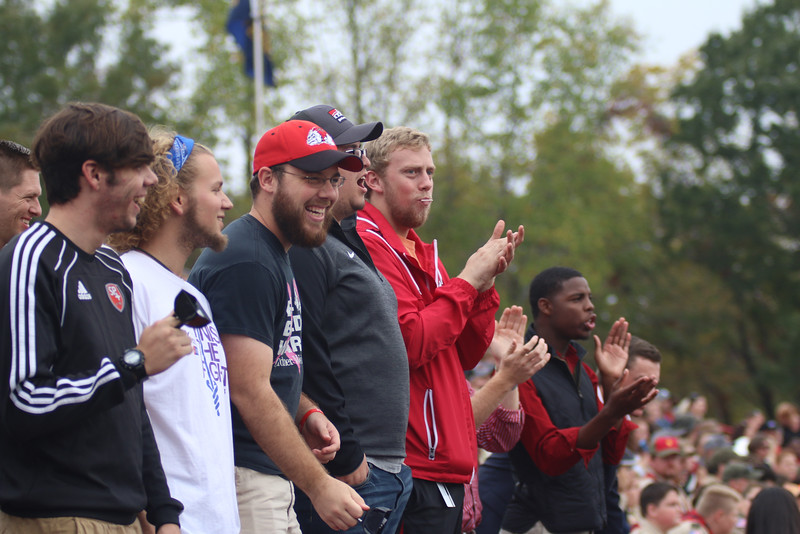 Fans came out and cheered on the GWU Runnin' Bulldogs!