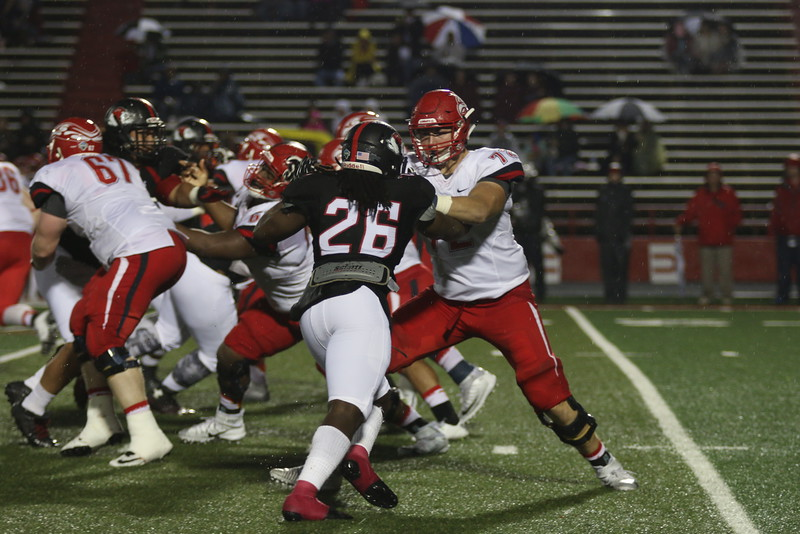 On Saturday night, GWU fans came out to the 2015 Homecoming game against Liberty. Gardner-Webb won 34-20, beating Liberty for the first time in 9 years!