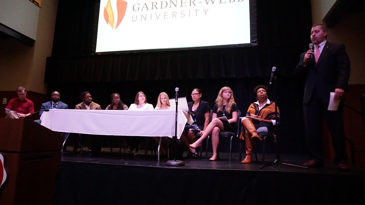 A panel of community members discusses issues associated with Transcending Boundaries.