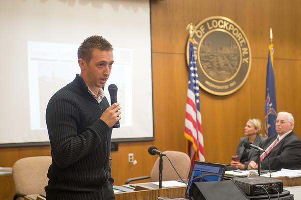 JOED VIERA/STAFF Lockport, NY- Brian Smith gives a presentation.