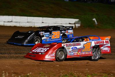 Earl Pearson Jr. (1) and Dennis Erb Jr. (28)