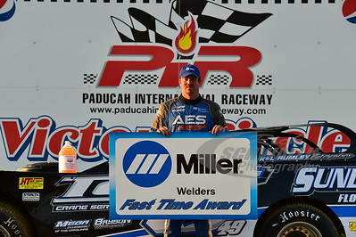 Jonathan Davenport won the Miller Welders Fast Time Award
