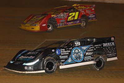 Scott Bloomquist (0) and Billy Moyer (21)