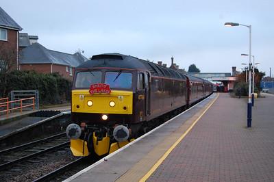 47760 arrives at Sleaford with West Coast Railways' 1Z10 0635 Skegness-Carlisle charter (14/02/2015)