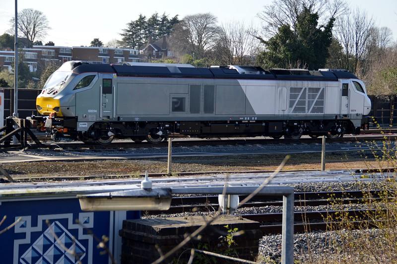 68014 at Stourbridge Junction sidings    06/04/15