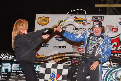 Scott Bloomquist and wife Katrina