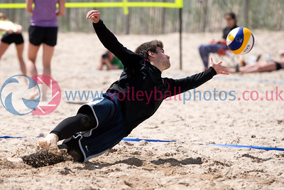 St Andrews Beach Championships, St Andrews Beach, 27 June 2015.  © Lynne Marshall