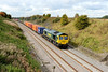23 September 2015 :: Passing through the shallow cutting near Bourton is 66954 with 4L32 from Bristol to Tilbury