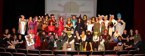 2015-08-08 shrek cast and crew