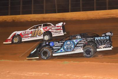 Scott Bloomquist (0) and Randy Weaver (116)