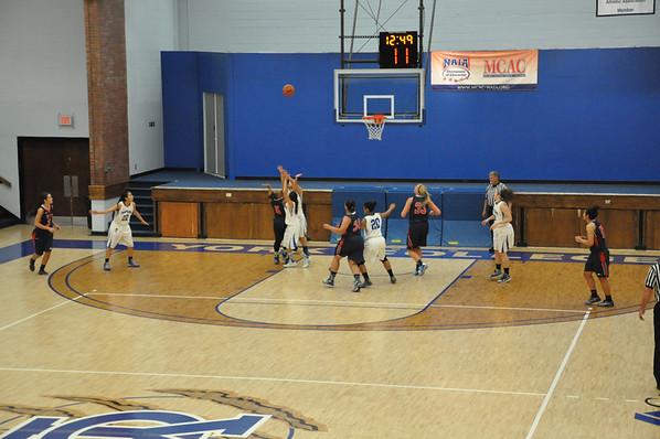 WBasketball Nov 18th