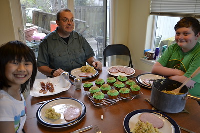 St. Patrick's Dinner was ham and Irish Colcannon (essentially mashed potatoes, bacon and carmelized cabbage and onions).