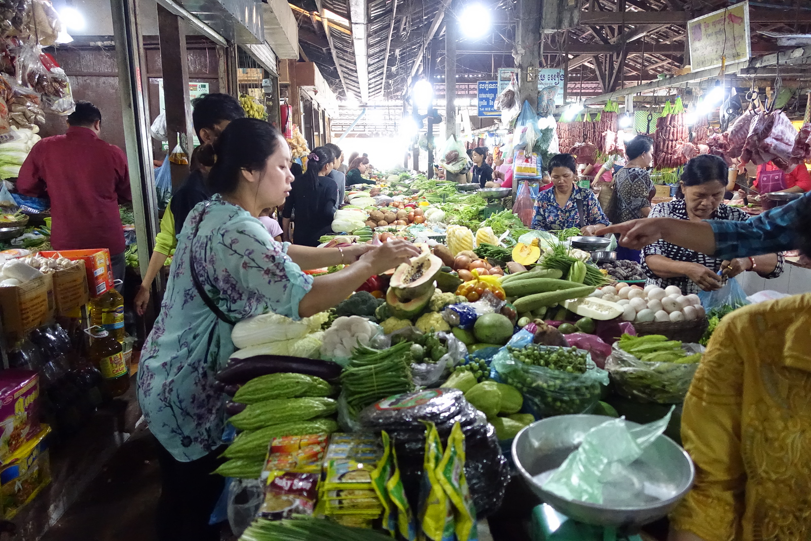 Siem Reap – Old Market – Photos & Video