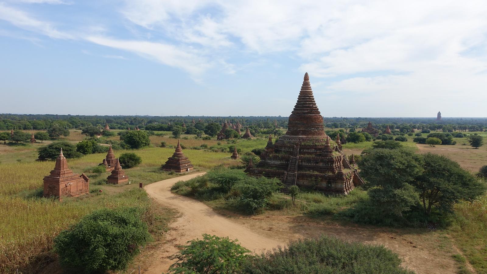 Bagan – Vast Temple Plains
