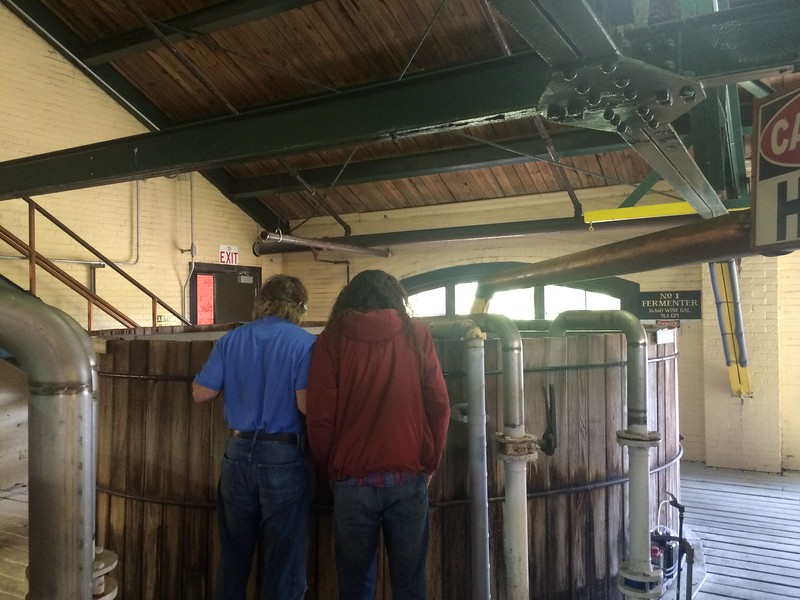 <b>Four Roses Distillery</b> <br>Lawrenceburg, KY <br>April 24, 2015