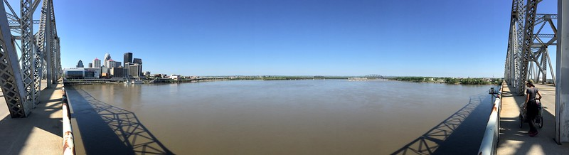 <b>Ohio River</b> <br>Louisville, KY <br>May 1, 2015