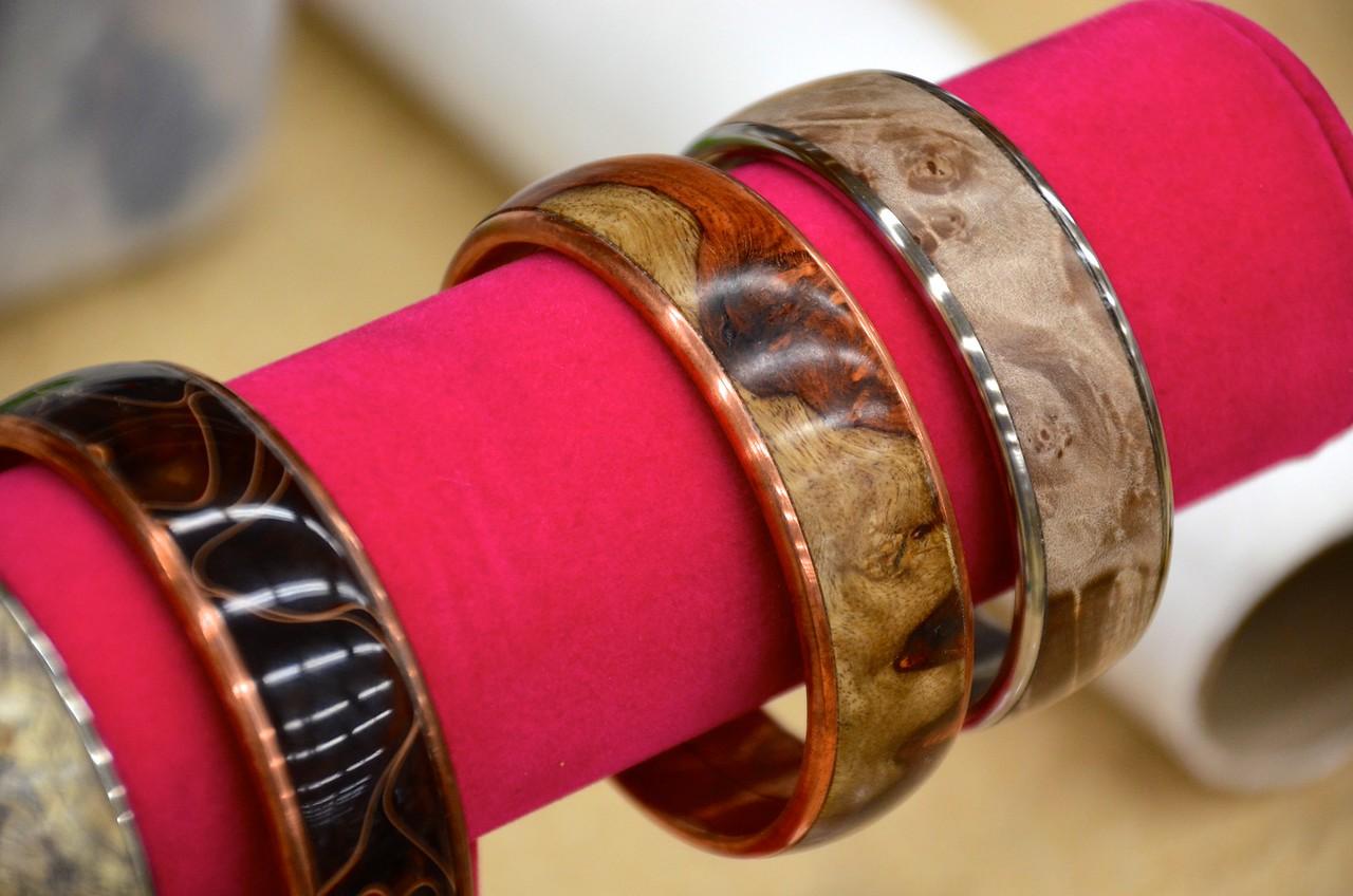 Turned Bracelets w Gross_5