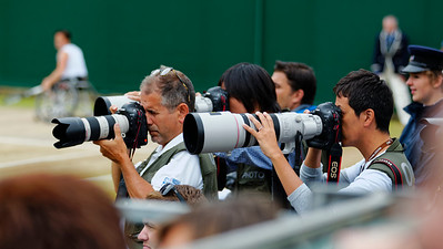 108. Many photographers - Wimbledon wheelchair 2015_08