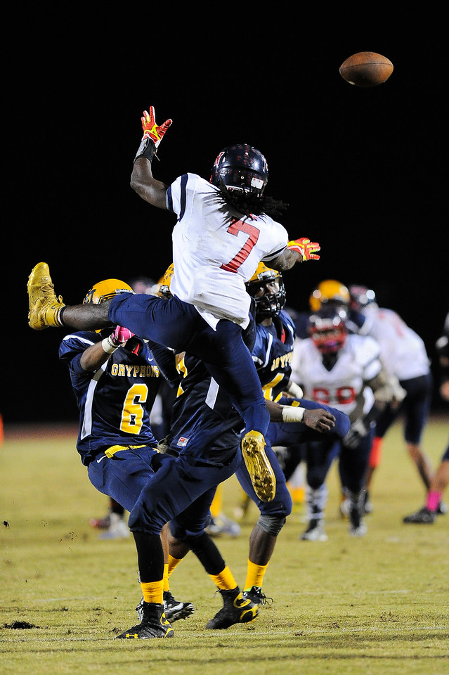 Rocky Mount Rodquan White (6) Rocky Mount defeats Southern Nash 35-14 Friday evening October 30, 2015 in Rocky Mount, NC (Photos by Anthony Barham / WRAL contributor.)