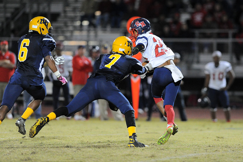 Rocky Mount Deshaquon Fate (7) and Southern Nash Jaquay Mitchell (23) Rocky Mount defeats Southern Nash 35-14 Friday evening October 30, 2015 in Rocky Mount, NC (Photos by Anthony Barham / WRAL contributor.)