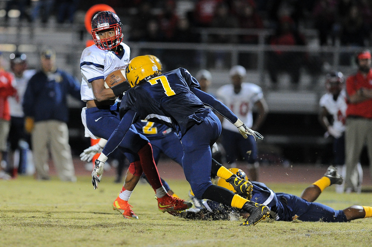 Rocky Mount Deshaquon Fate (7) Rocky Mount defeats Southern Nash 35-14 Friday evening October 30, 2015 in Rocky Mount, NC (Photos by Anthony Barham / WRAL contributor.)