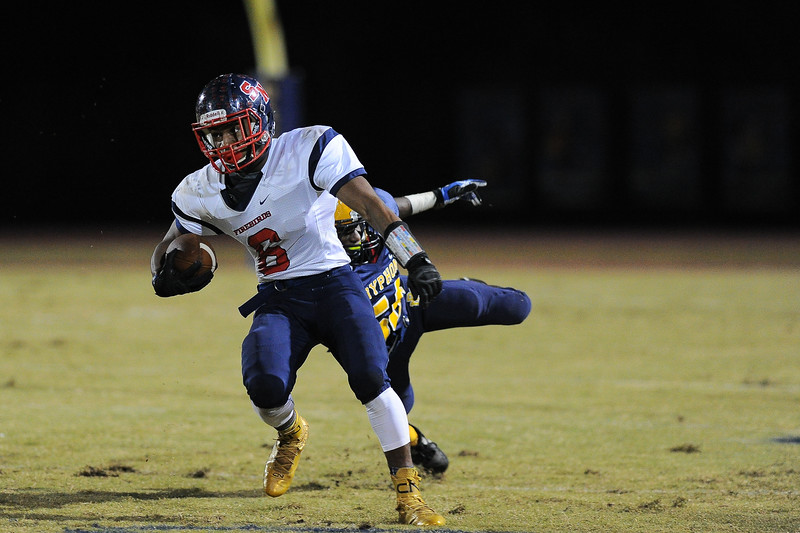 Southern Nash Kendrick Bell (6) Rocky Mount defeats Southern Nash 35-14 Friday evening October 30, 2015 in Rocky Mount, NC (Photos by Anthony Barham / WRAL contributor.)