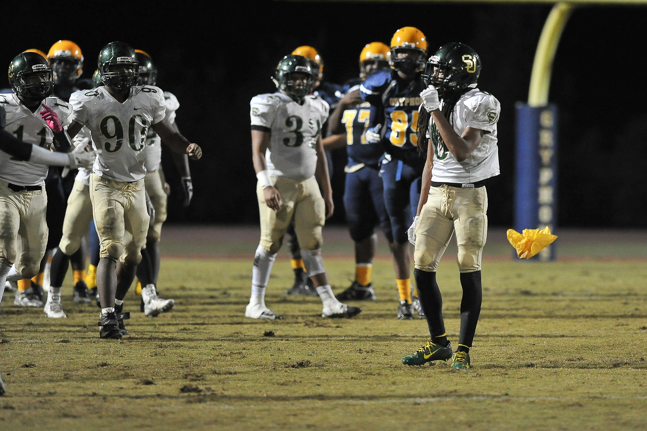 Rocky Mount defeats South Johnston in the 2nd round of the playoffs 34-20 Friday evening November 20, 2015 in Rocky Mount NC (Photos by Anthony Barham / WRAL contributor.)