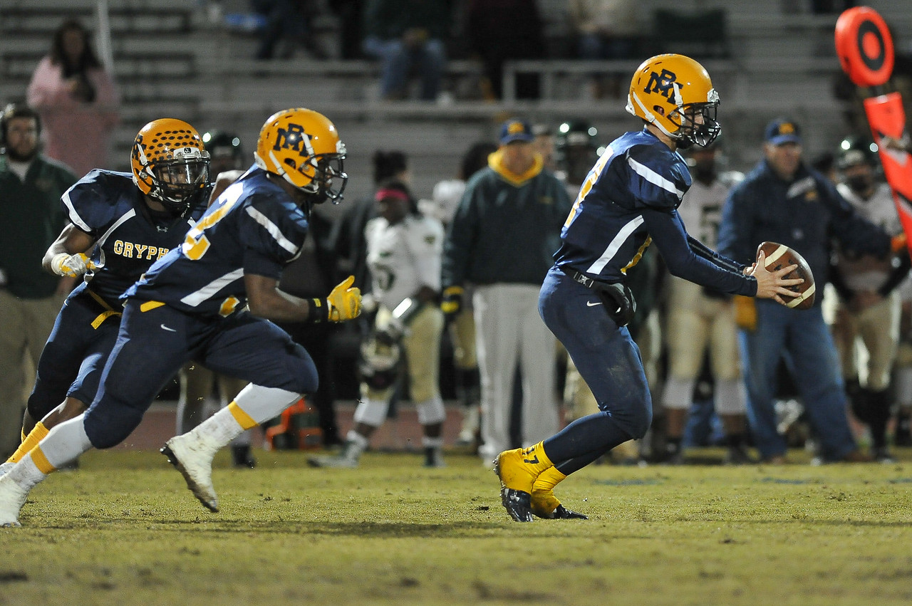 Rocky Mount Forrest Bell (17) during tonights game. Rocky Mount defeats South Johnston in the 2nd round of the playoffs 34-20 Friday evening November 20, 2015 in Rocky Mount NC (Photos by Anthony Barham / WRAL contributor.)
