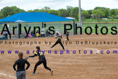 Hutch Softball vs New Prague