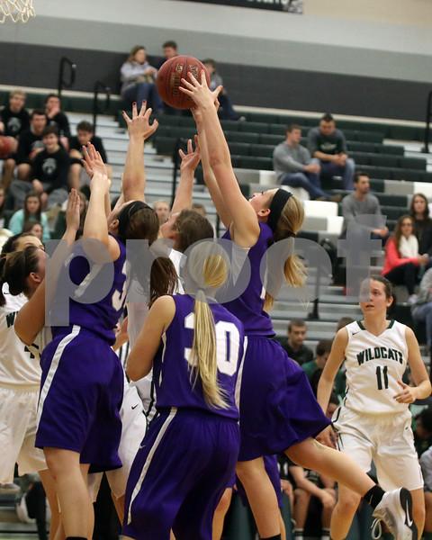 LHS Girls Basketball at De Soto