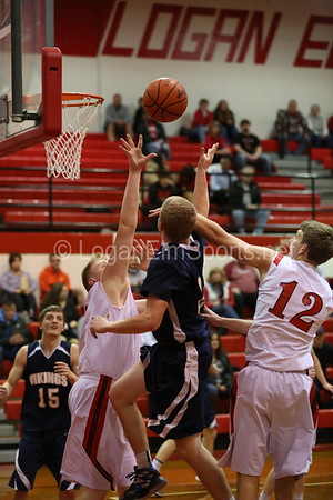 Boys Basketball vs Teays Valley