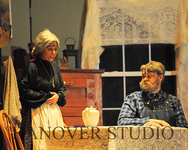 16 D SPRING PLAY-ANNE GRN GBLES 0122