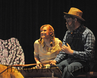 16 D SPRING PLAY-ANNE GRN GBLES 0068