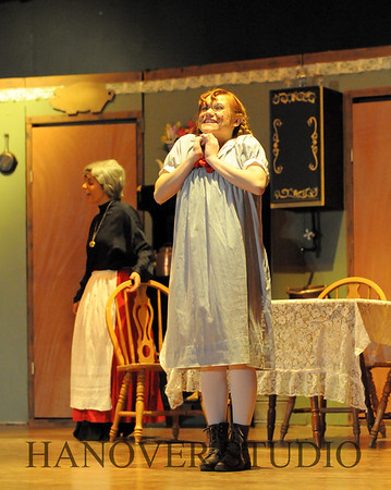 16 D SPRING PLAY-ANNE GRN GBLES 0315