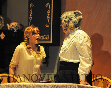 16 D SPRING PLAY-ANNE GRN GBLES 0272