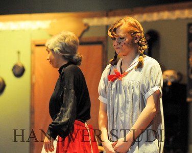 16 D SPRING PLAY-ANNE GRN GBLES 0318