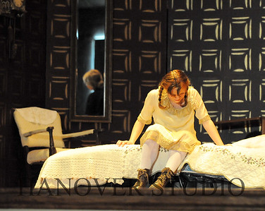 16 D SPRING PLAY-ANNE GRN GBLES 0285