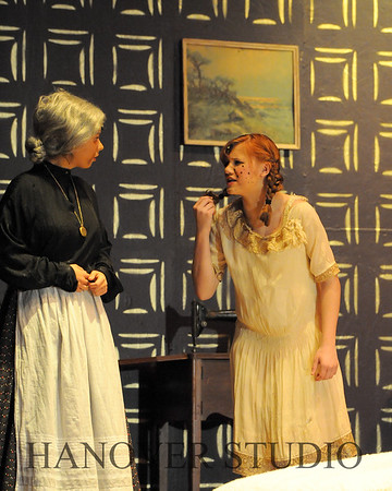 16 D SPRING PLAY-ANNE GRN GBLES 0174