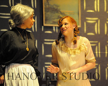 16 D SPRING PLAY-ANNE GRN GBLES 0169