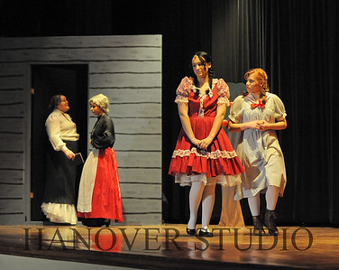 16 D SPRING PLAY-ANNE GRN GBLES 0331