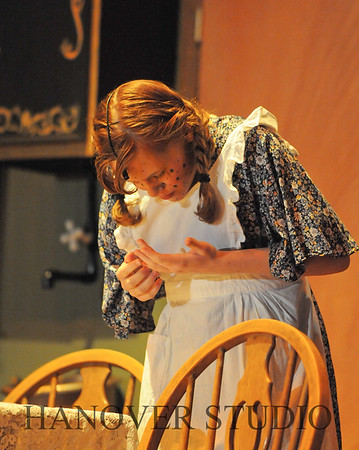16 D SPRING PLAY-ANNE GRN GBLES 0209