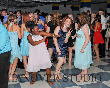 16 LHS HMCMNG DANCE 10-17-15 0010