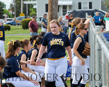 16 D VS L SOFTBALL 4-25-16   0485