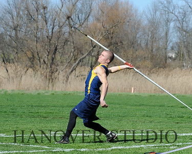 16 L VS D TRACK AND FIELD 3-29-16  0256