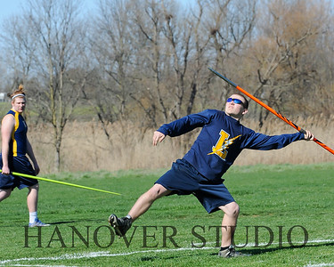 16 L VS D TRACK AND FIELD 3-29-16  0225