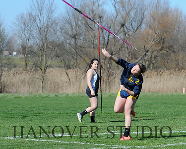 16 L VS D TRACK AND FIELD 3-29-16  0395