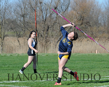16 L VS D TRACK AND FIELD 3-29-16  0394