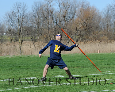 16 L VS D TRACK AND FIELD 3-29-16  0145