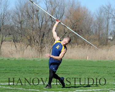 16 L VS D TRACK AND FIELD 3-29-16  0257